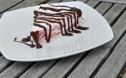 Strawberry ice cream 2