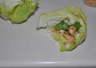 chicken taco in lettuc cups